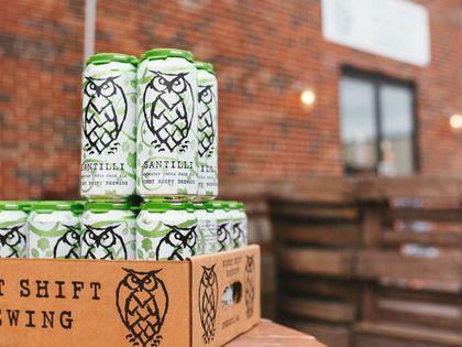 For craft brewers, four-packs of cans become the norm - The Boston Globe