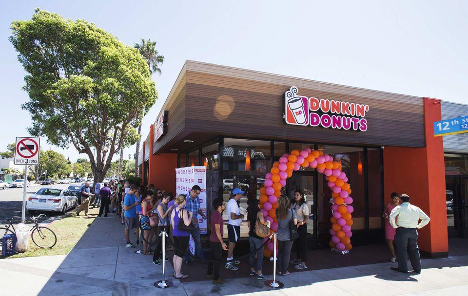 The undercaffeinated masses line up outside Dunkin's new Santa Monica, California, shop on September 2.