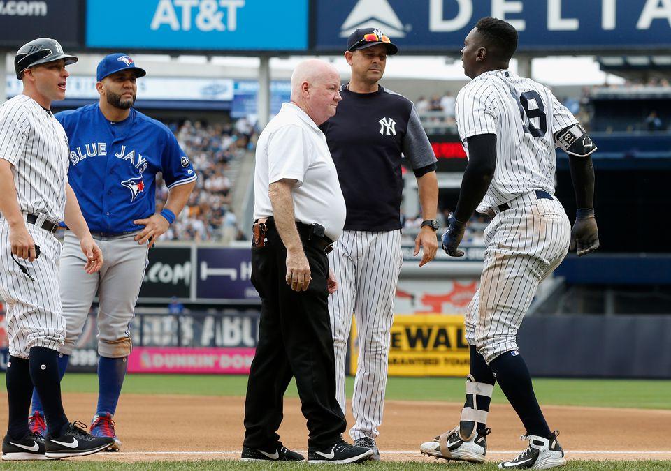 6853532b085 Didi Gregorius hurt in Yankees  romp over Blue Jays - The Boston Globe