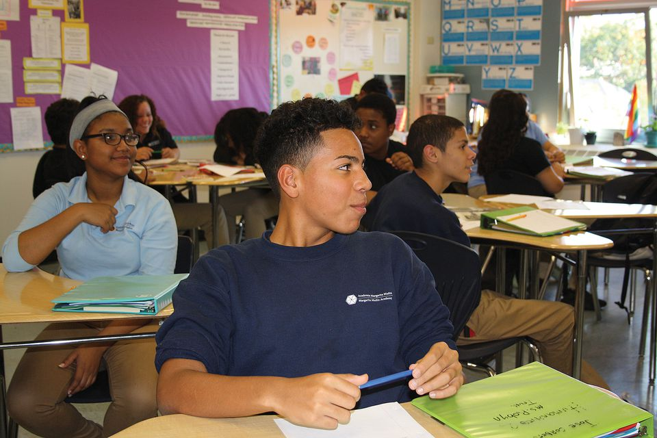 Students in a 10th-grade humanities class at the Muniz Academy.