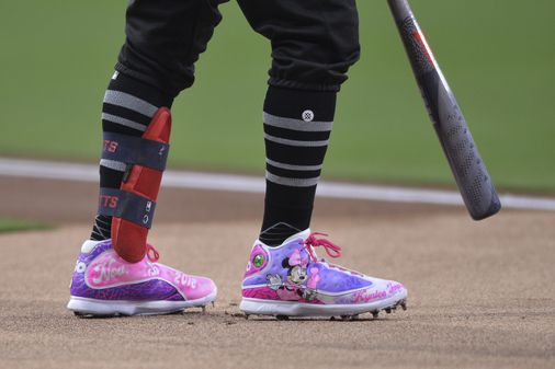 Mookie Betts's cleats have special meaning during Players' Weekend