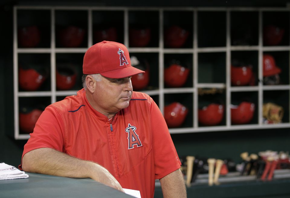 Angels manager Mike Scioscia is strictly old-fashioned, with little use for analytics. But he may be fighting a losing battle.
