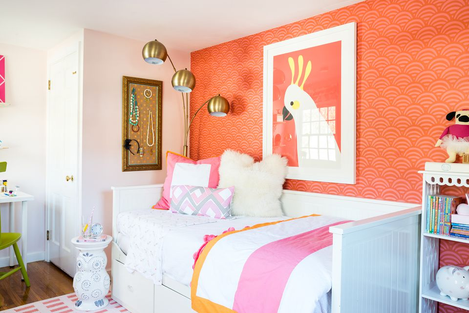 The large-scale print of a cockatoo from Minted and the Serena & Lily wallpaper make a big statement.