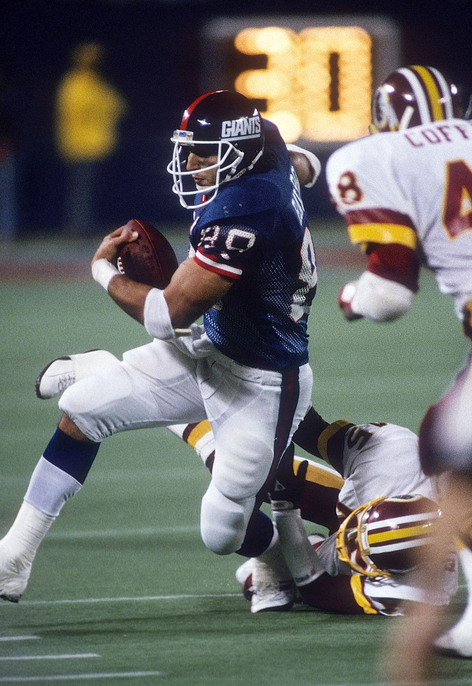 Two-time Super Bowl-winning tight end Mark Bavaro had a career similar to Rob Gronkowski's. It was also derailed by injuries.