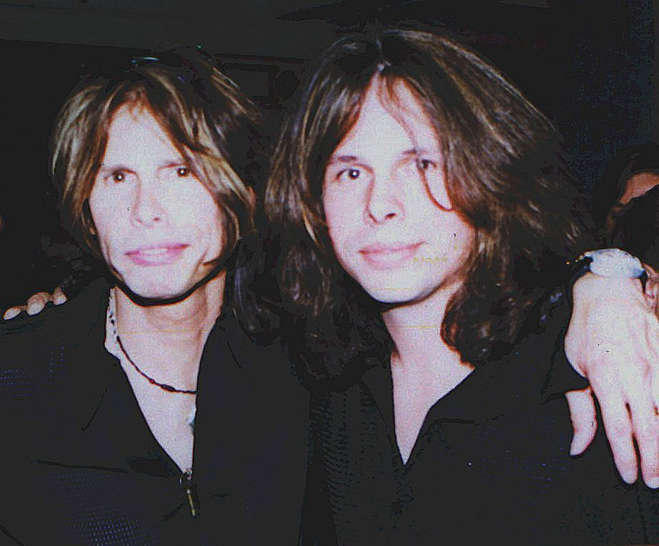Neill Byrnes with Steven Tyler in 2004.