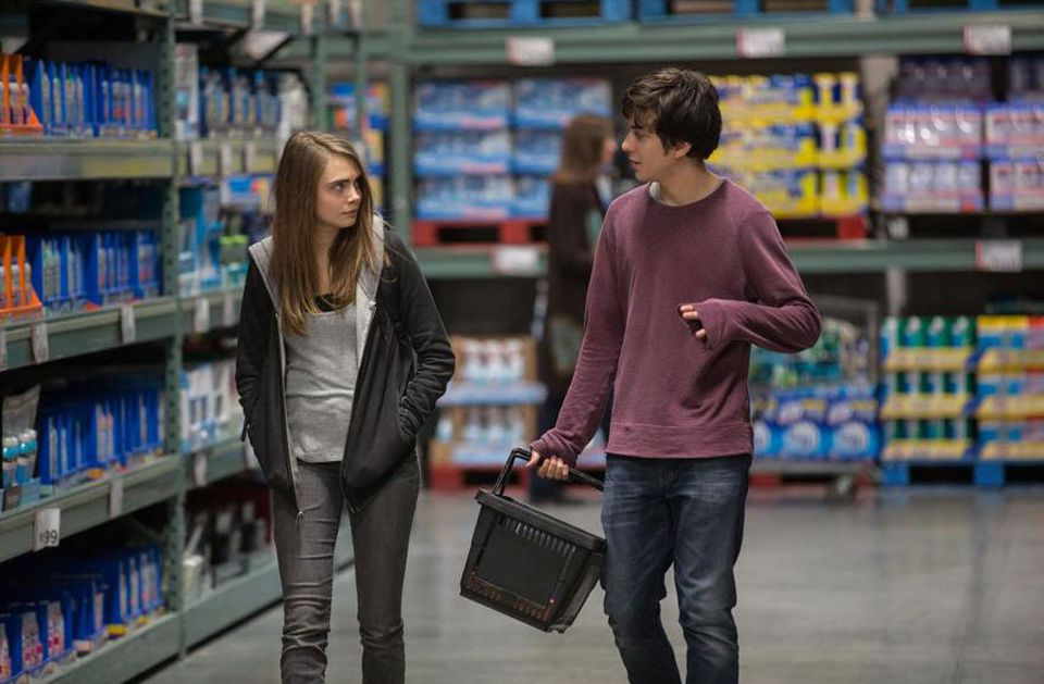 """Cara Delevingne and Nat Wolff in """"Paper Towns."""""""