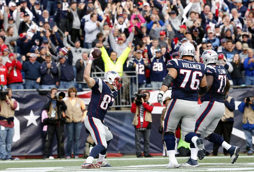 Rob Gronkowski spikes after his fourth-quarter touchdown.