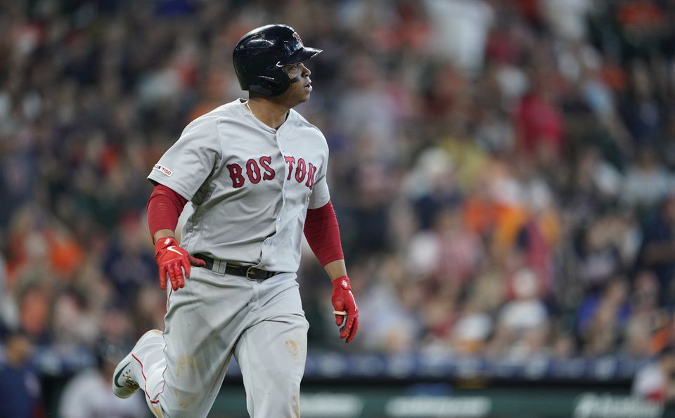 Rafael Devers observes how the flight from his house runs out of Justin Verlander in the fourth inning.
