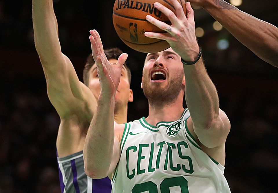 Gordon Hayward takes it to the hoop against the Kings.