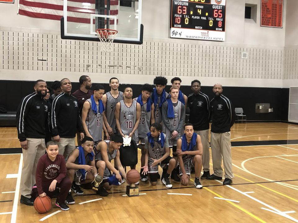 Lynn English captured the Division 1 title in the Comcast Classic at Woburn High.