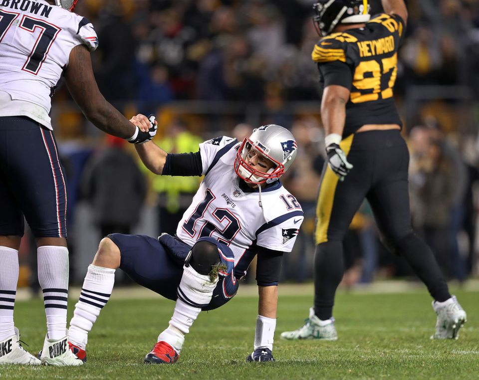 Tom Brady threw a very un-Brady-like interception in the fourth quarter, which led to the win for Ben Roethlisberger and the Steelers.