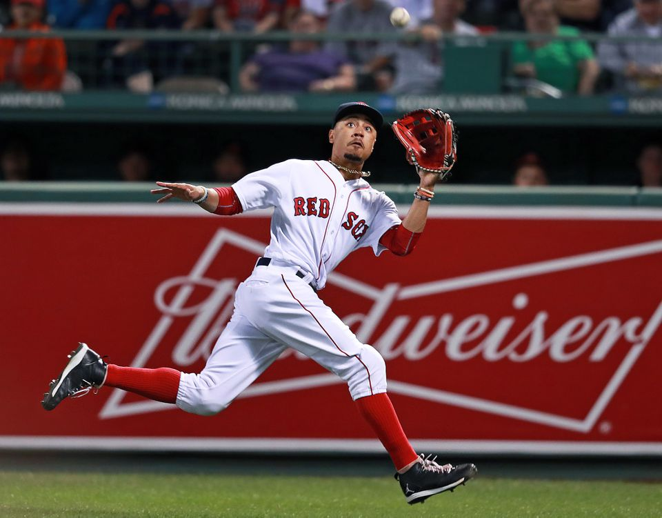 e0c3d7c38 Red Sox right fielder Mookie Betts wins Gold Glove - The Boston Globe