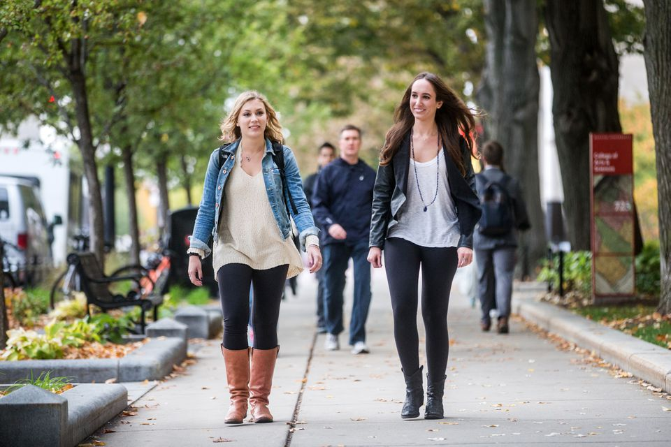 Boston University students Nicole Gergits (left) and Christina Revelli sporting yoga pants on campus.