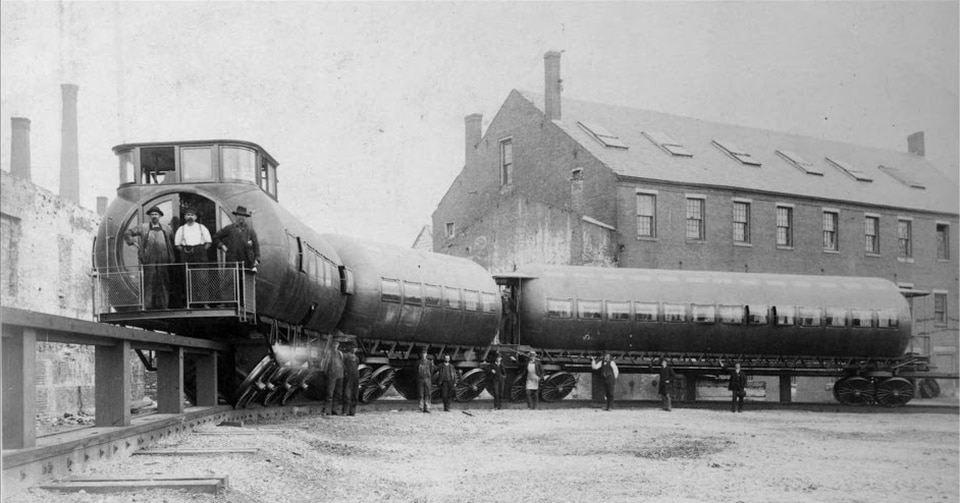 Meigs's design was different from the other elevated railways being built at the time.