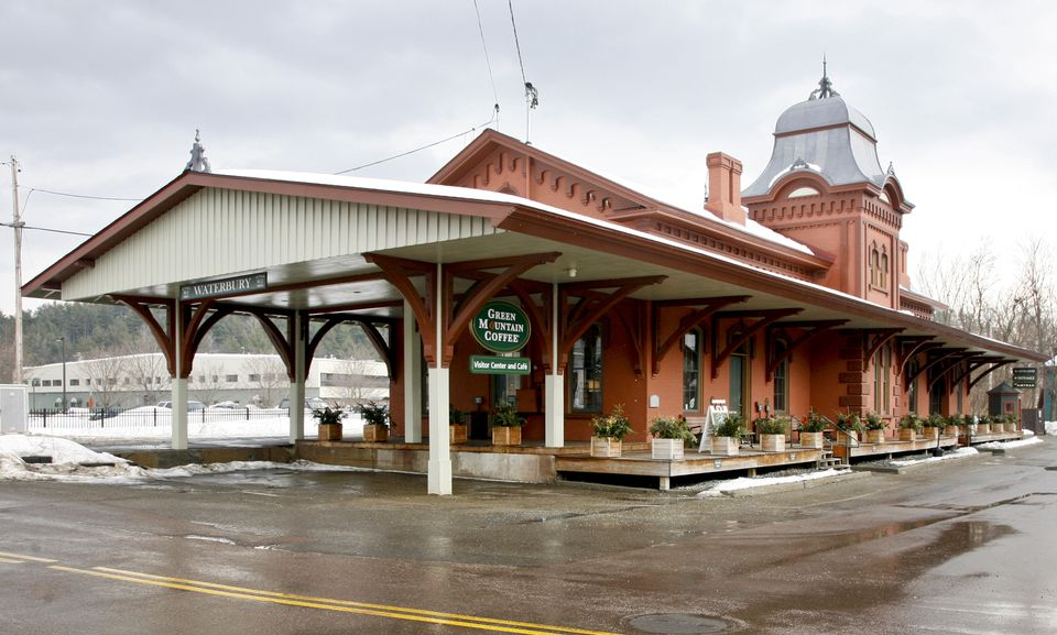 A Green Mountain Coffee Roasters visitor center and cafe in Waterbury, Vt. Coca-Cola's investment will represent a 10 percent stake.