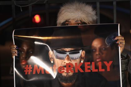 Time's up for R  Kelly — but why only now? - The Boston Globe