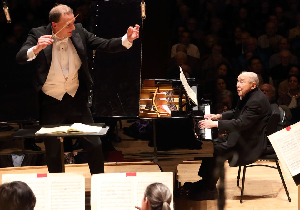 Menahem Pressler (right) joined the Boston Symphony Orchestra and Moritz Gnann.