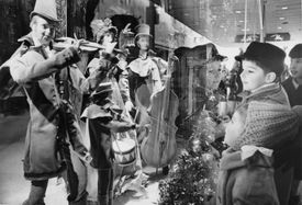 In 1969, Robert and Patricia Mesko looked at the Christmas window display of Filene's in Downtown Crossing.
