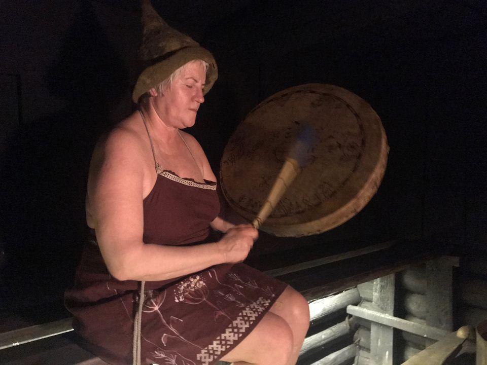Eda Veeroja performing a traditional sauna ritual.