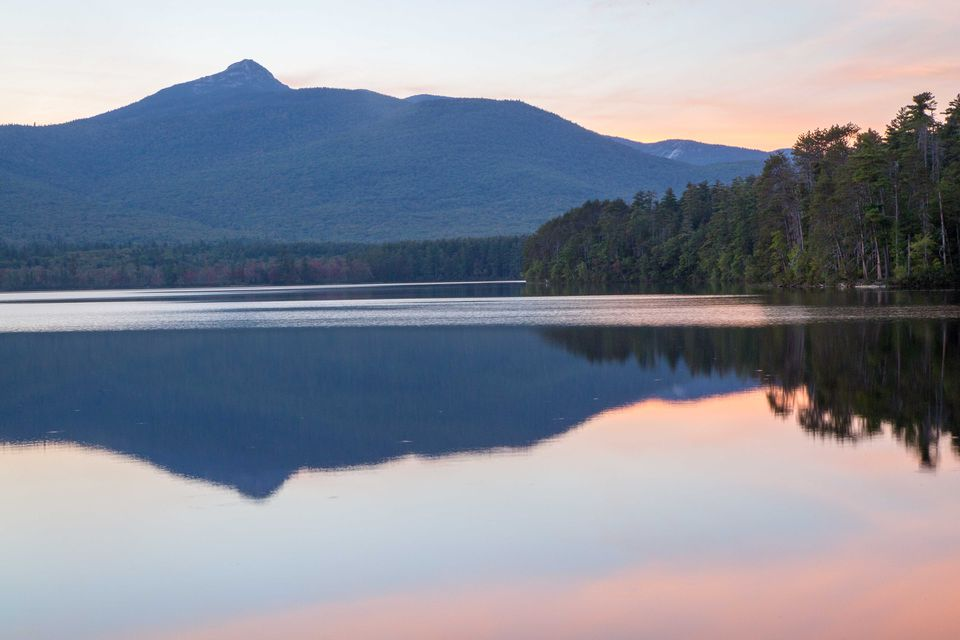 There are small beaches and picnic areas on Chocorua Lake, with splendid mountain views.