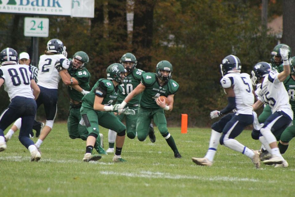 Abington junior Will Klein (4) finished with 136 all-purpose yards, including this first quarter rush.