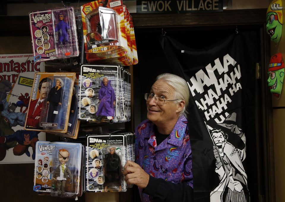 Gary Sohmers, Northeast Comic Con organizer, is an appraiser and memorabilia dealer.