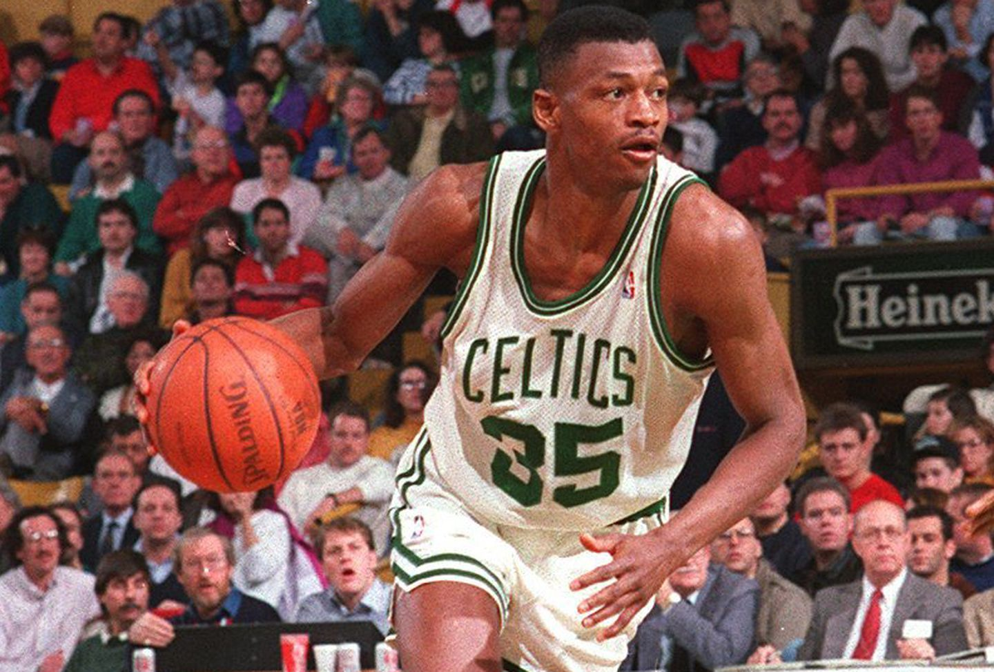 Reggie Lewis played in 450 games for the Celtics.