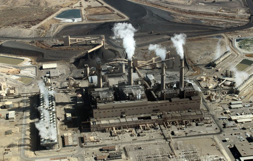 Tthe coal-fired San Juan Generating Station near Farmington, N.M. The U.S. EPA released rules aimed at reducing mercury pollution from large coal-fired power plants.