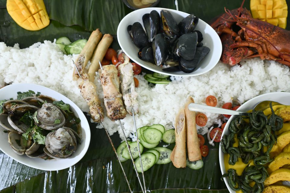Part of a kamayan dinner at Tanám