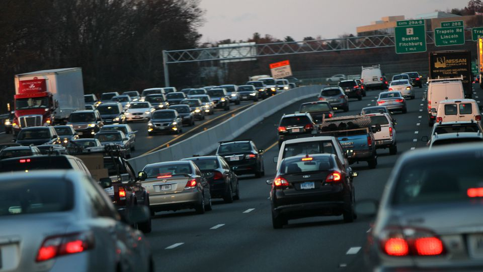 """Rush hour extends to both sides of Route 128/Interstate 95 near <span channel=""""!BostonGlobe/W1_REG-01"""">the commuter artery's </span>junction with Route 2."""