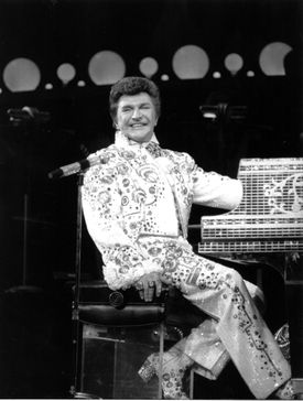 Liberace at New York's Radio City Music Hall in 1984.