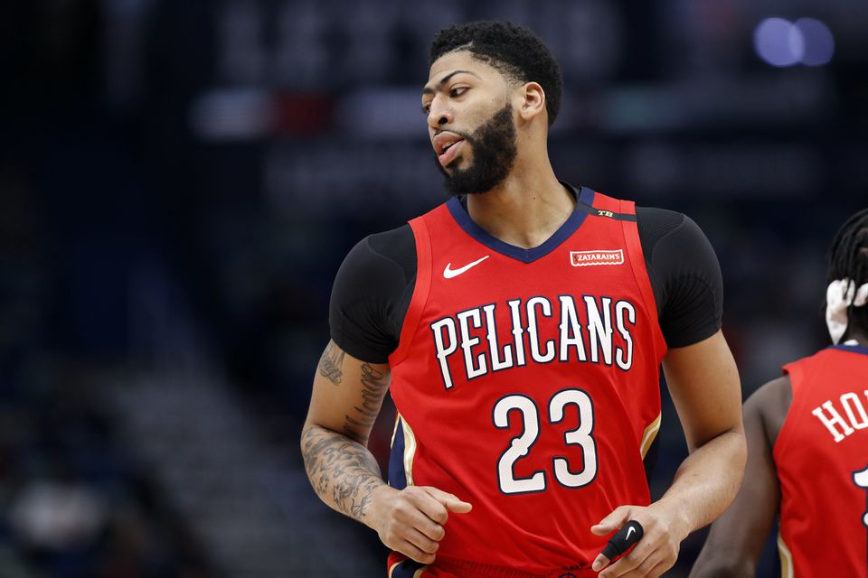 Anthony Davis, who is scheduled to play in Sunday's All-Star Game, played Thursday, but then came out with a shoulder injury.