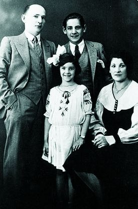 Leonard Bernstein with his parents, Samuel and Jennie, and his sister, Shirley, in 1933.