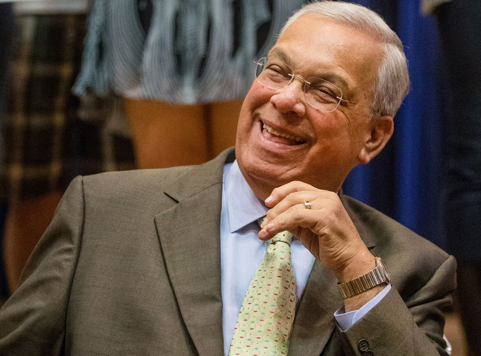 Thomas M. Menino, Boston's longest-serving mayor, will receive an honorary degree from one of the nation's most prestigious institutions, Harvard University, according to a person with direct knowledge of the award.