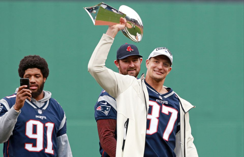 Rob Gronkowski dispels comeback rumors: 'You can put them to rest'
