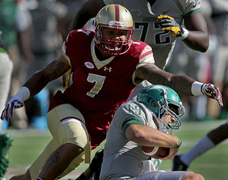 Boston College Eagles defensive end Harold Landry (7) announced Monday he will return to The Heights for his senior season in the hopes of graduating from BC and wreaking more havoc on opposing quarterbacks, such as Wagner's Alex Thompson (19), while improving his draft stock.