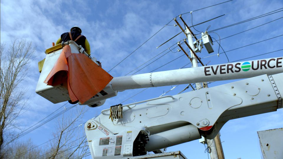 According to a report commissioned by the attorney general, 500,000 Massachusetts residents who switched to competitive supply companies are paying more, on average, than they would if they'd stayed with Eversource, National Grid, or Unitil.
