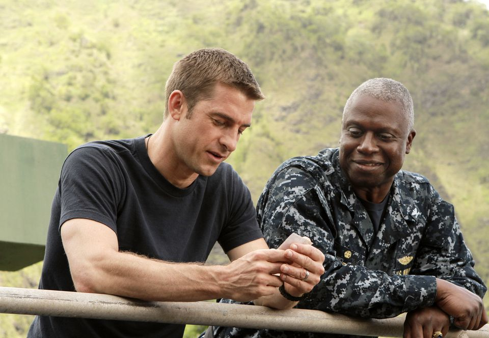 """Scott Speedman (left) and Andre Braugher in a scene from the new series """"Last Resort."""""""
