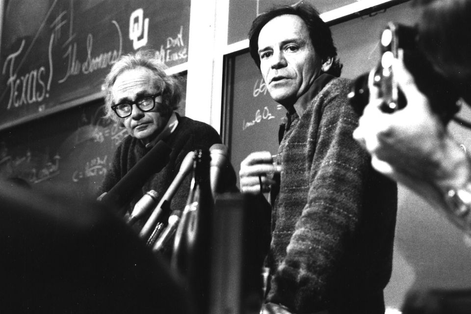 David Hubel (left), with his colleague Torsten Wiesel, worked to determine how nerve cells turned visual stimuli into images in the brain.