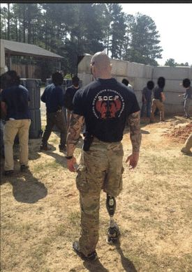Staff Sergeant Nick Lavery training other Green Berets at Fort Bragg in North Carolina.