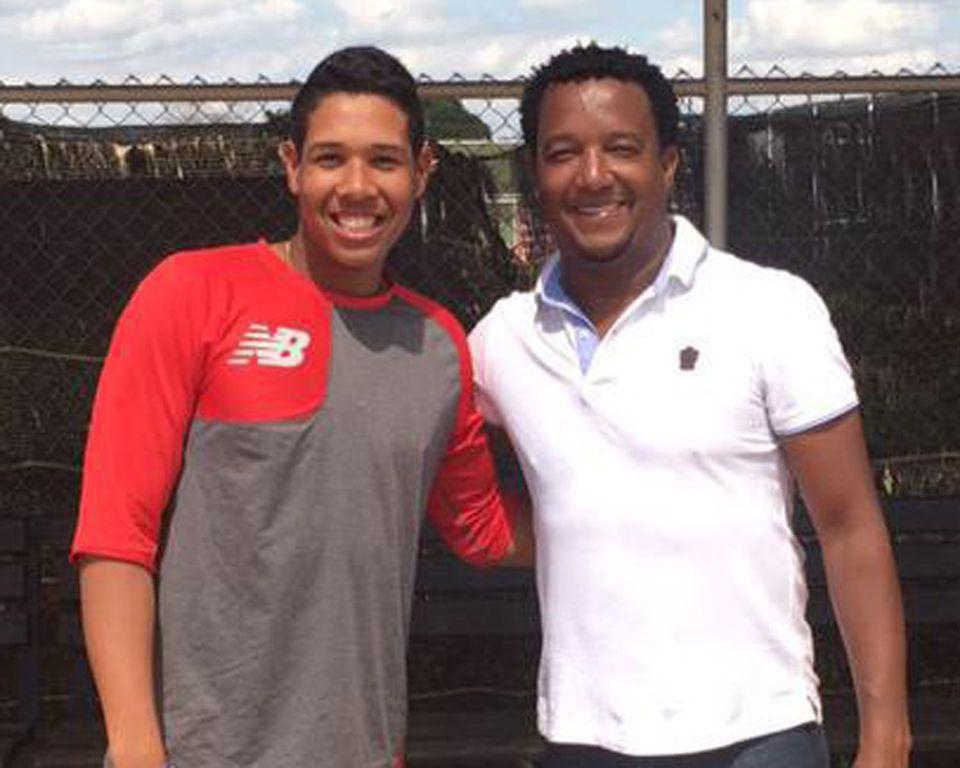 Anderson Espinoza met Pedro Martinez at the Red Sox' Dominican Academy.