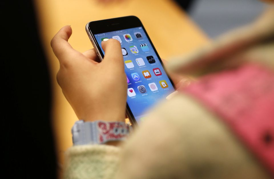 A new study suggests children who use smartphones and other electronic devices  for more than two hours each day show poorer results on cognitive tests than those who use spend less time on screens.
