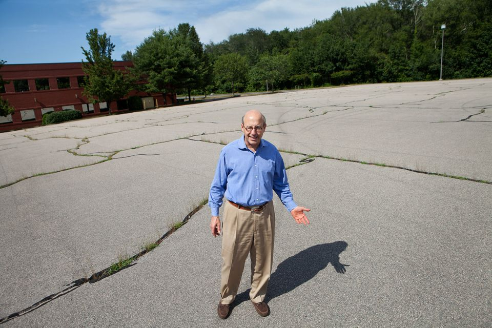 Steven Zieff of Crossroads Redevelopment hopes to turn EMC Corp.'s former headquarters site in Hopkinton into a mixed-use complex of housing, retail, and office space.