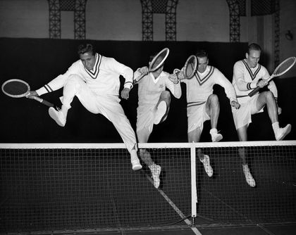 Pancho Segura, 96, tennis great and mentor to Jimmy Connors