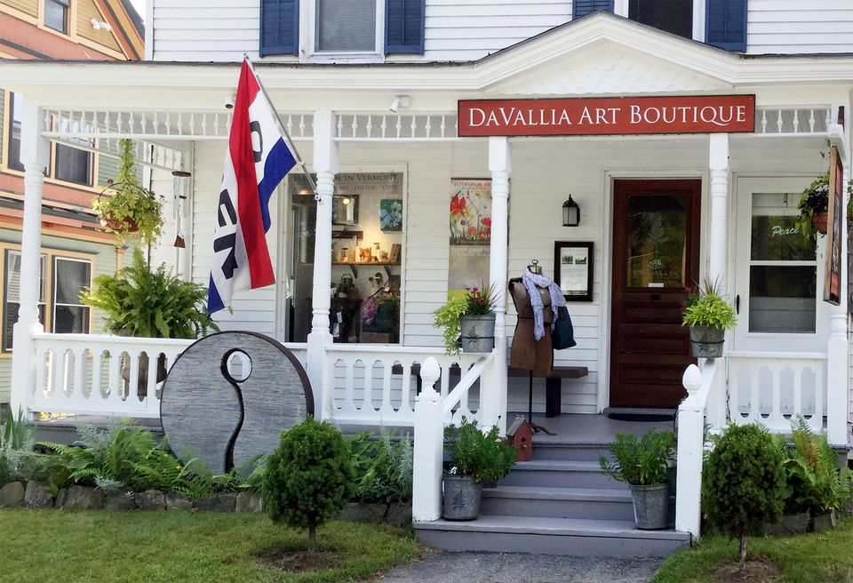 DaVallia Art & Accents boasts two locations in Chester.