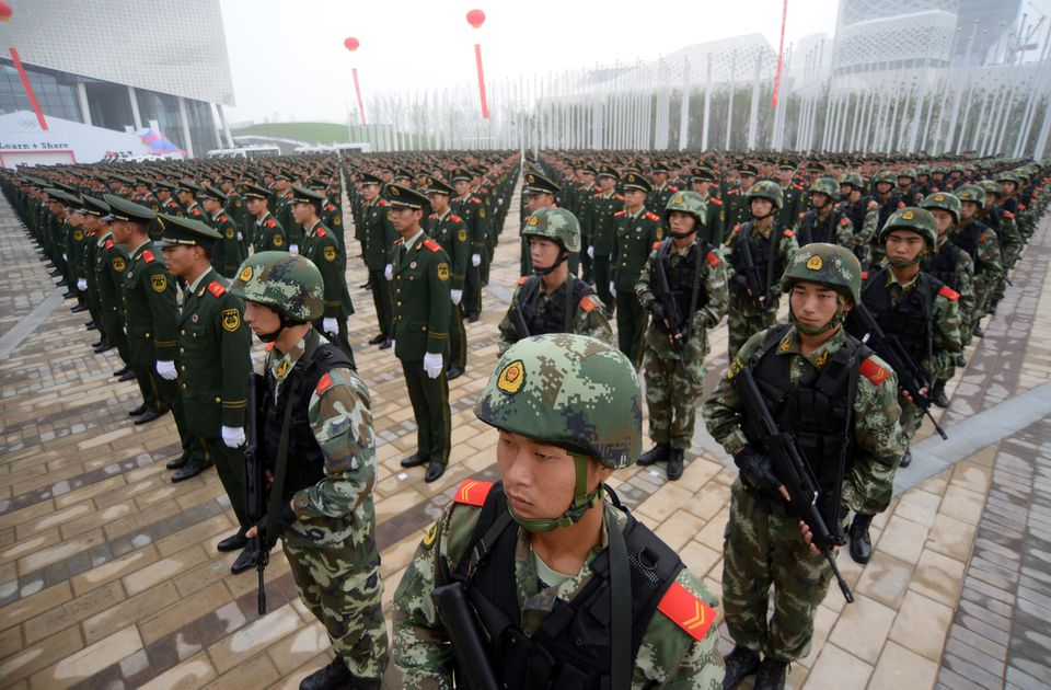 Chinese soldiers assemble during an oath-taking ceremony in east China's Jiangsu province in 2014.