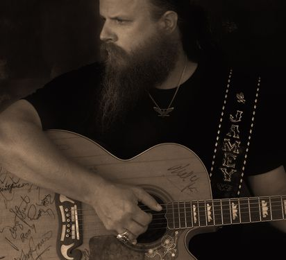 Country star Jamey Johnson's a champion for 'hard-working' folks