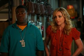 """NUP_132901_0232.JPG -- Airdate: Thursday, January 15 on NBC (9:30-10 p.m. ET) -- 30 ROCK -- """"Flu Shot"""" Episode 308 -- Pictured: (l-r) Tracy Morgan as Tracy Jordan, Jane Krakowski as Jenna Maroney -- NBC Photo: Jessica Miglio FOR EDITORIAL USE ONLY -- DO NOT RE-SELL/DO NOT ARCHIVE 08recesstv Library Tag 10142009"""