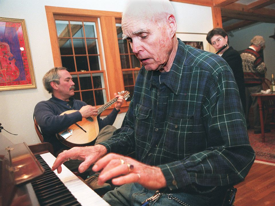 Mr. McQuillen jammed with Bob Abrams (guitar) and Sarah Bauhan (flute) in 1998.