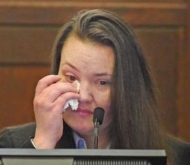 Rachelle Bond wept on the stand Thursday.